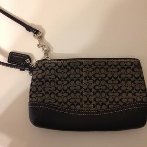 👛 COACH 👛 black gray signature wristlet wallet